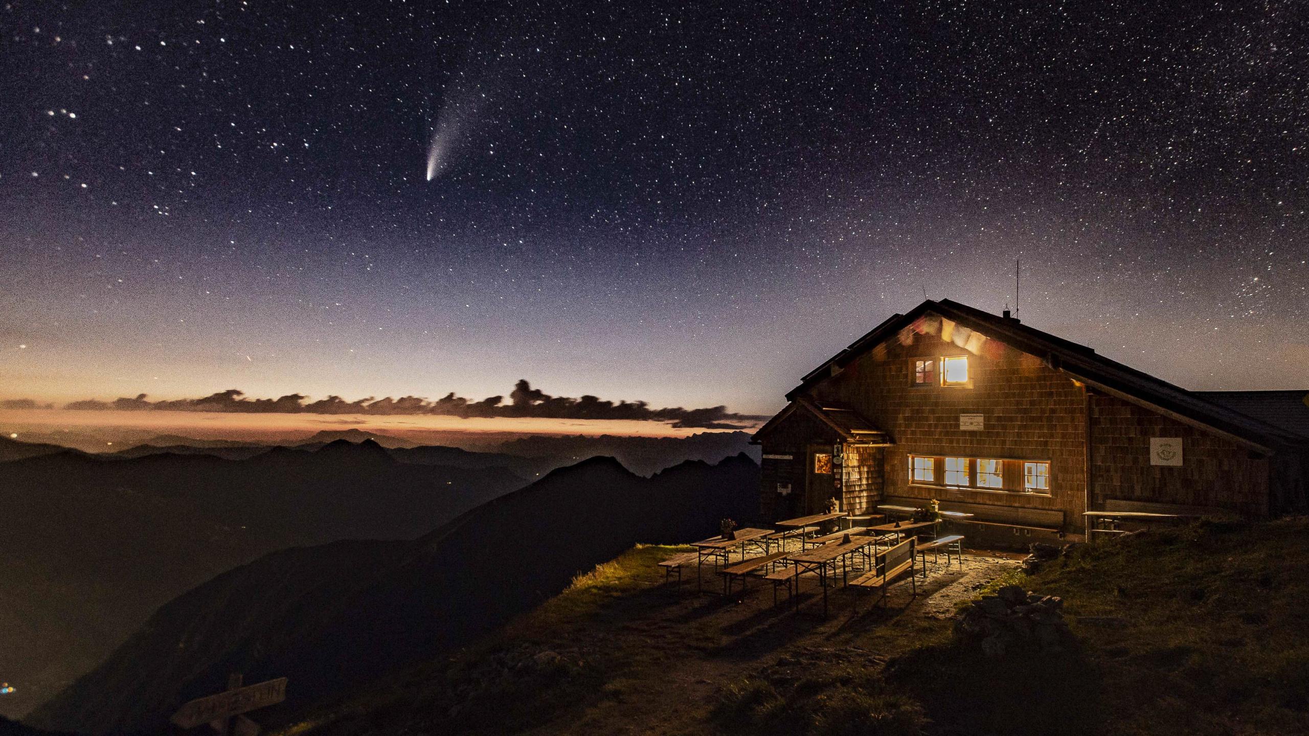 Gamskarkogel, Gamskarkogelhütte, Badgasteinerhütte, Tofernalm, Komet Neowise, Comet Neowise, Sternenhimmel, Stars